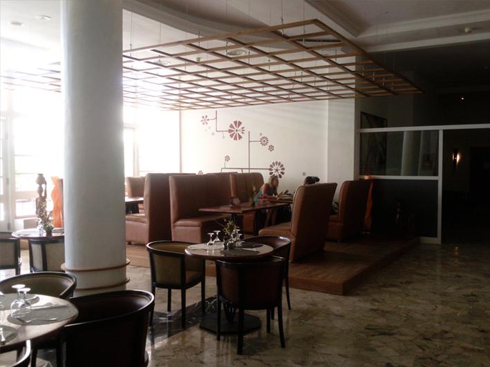 Projet d'aménagement du bar de l'hôtel Ibis Lomé centre